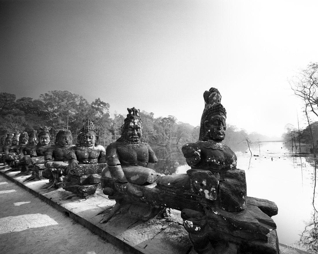 Les Demons Angkor Cambodge