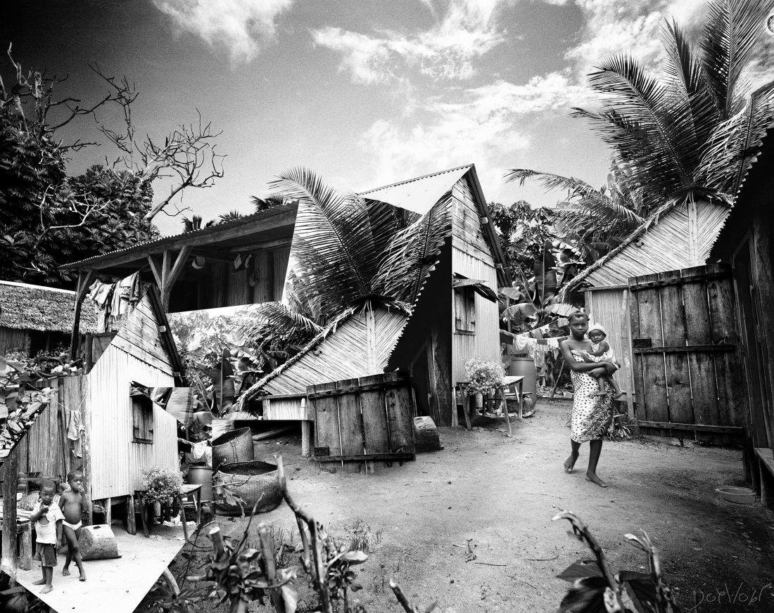 Village Sur L Ile Aux Nattes Madagascar